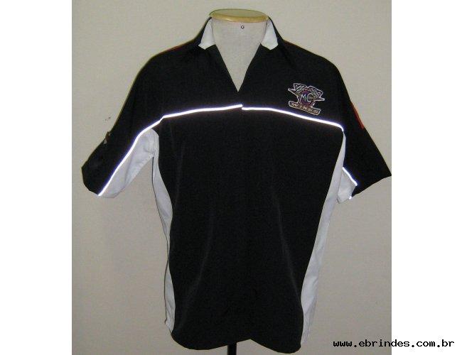 Camisa modelo MCW