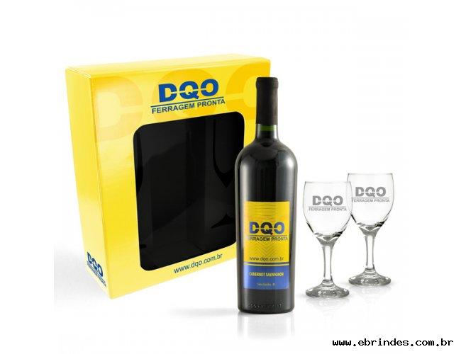 Kit Vinho Personalizado + 2 Taças