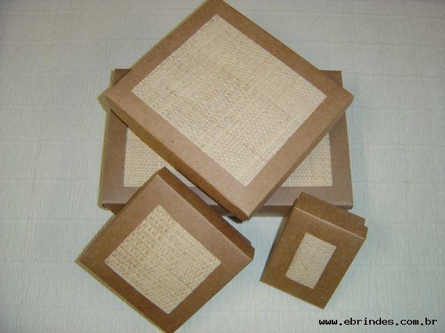 Caixas Recicladas Naturais