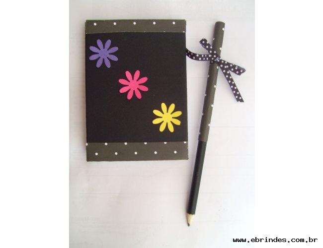 Kit bloquinho + lápis