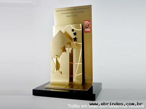 Troféu em Latão