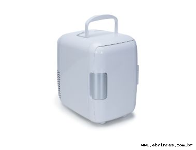 Mini geladeira plástica portátil 4 litros na cor branca personalizada.