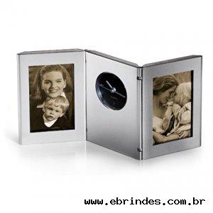 Relógio com 2 porta-retratos